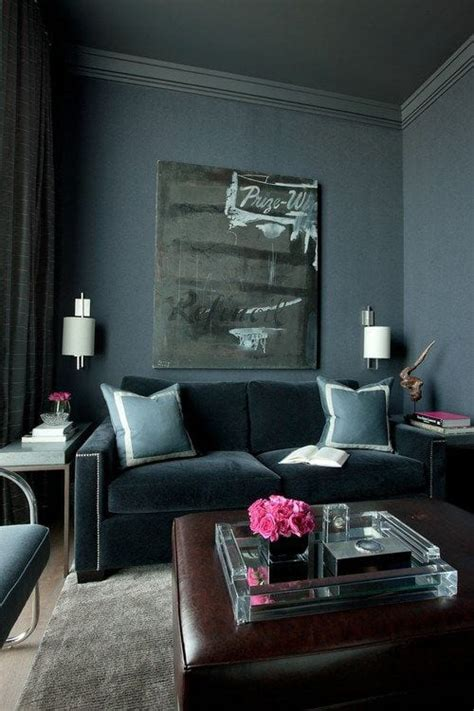Paint Your Walls, Trim, EVEN YOUR CEILING the Same Color