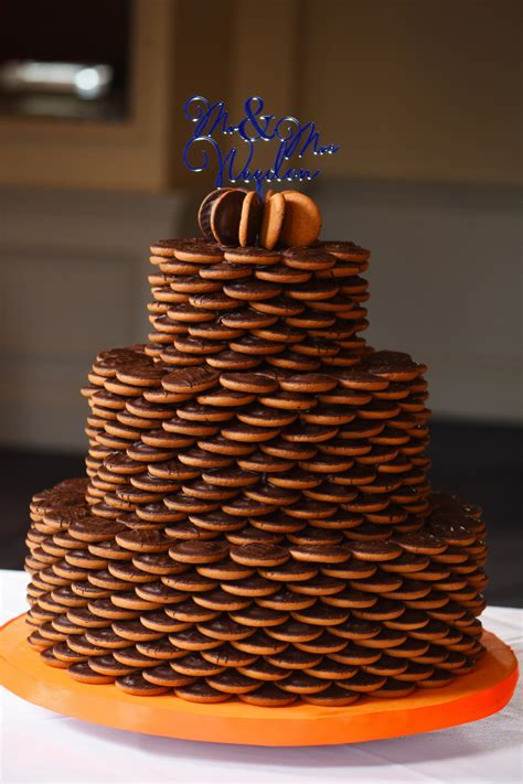 Newlyweds receive a bespoke wedding cake made from their