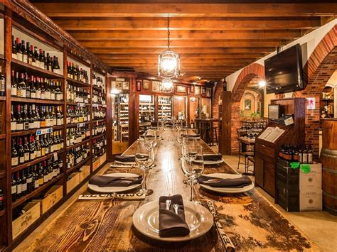 Hidden Restaurants & Bars You Should Know About in Miami