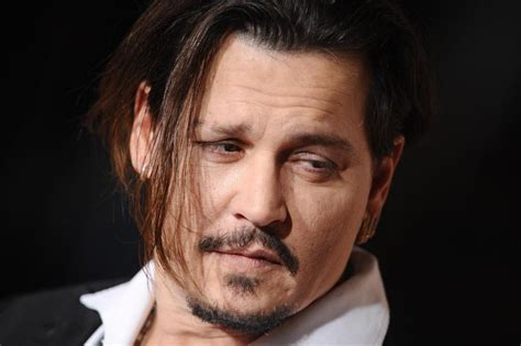 Johnny Depp Bio, Age, Wiki, Height, Weight, Wife, Family