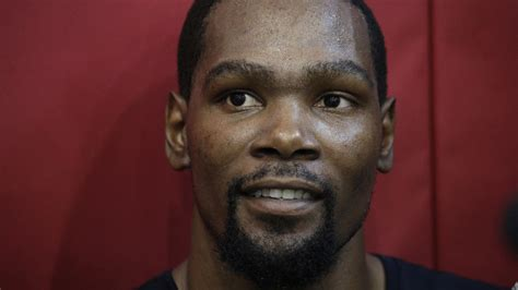 At Team USA camp, Kevin Durant has another social media