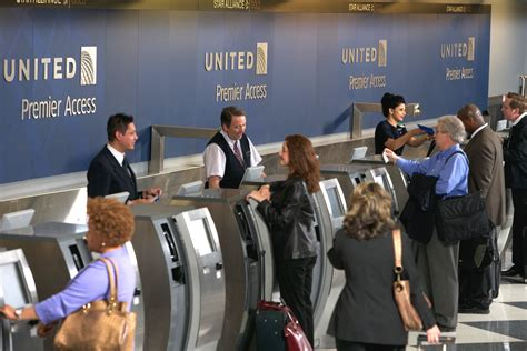 United Brings Self-Service Bag-Tagging to O'Hare Airport